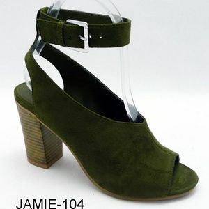 <Coming Soon> Olive Green Strap Sandal